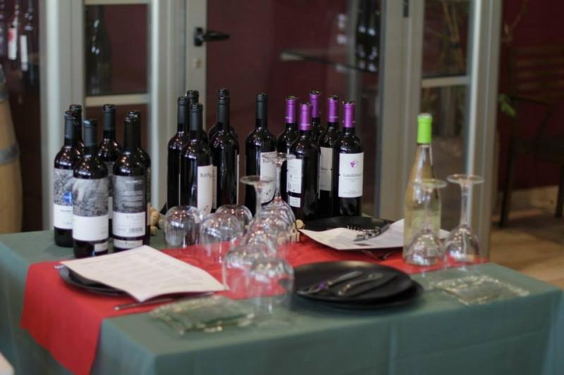 Wine tasting15 by Ilona Osipova.jpg